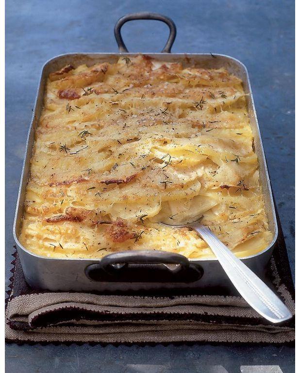 Gratin dauphinois poires pommes de terre pour 4 personnes recettes elle table - Pomme de terre pour gratin ...