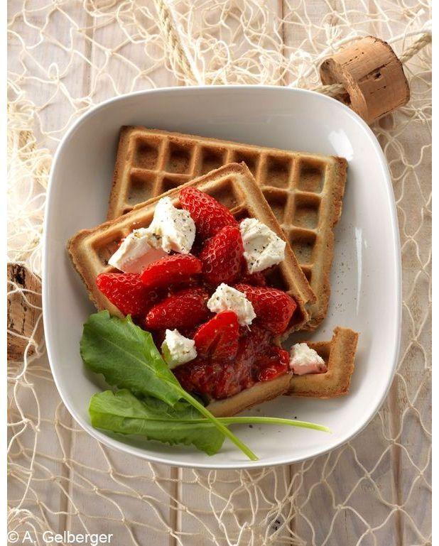 gaufres au bl 233 noir et fraises pour 10 personnes recettes 224 table