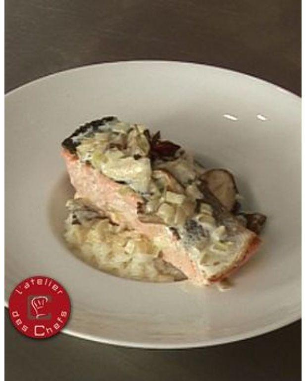 pav de saumon champignons la cr me riz basmati pour 6 personnes recettes elle table. Black Bedroom Furniture Sets. Home Design Ideas