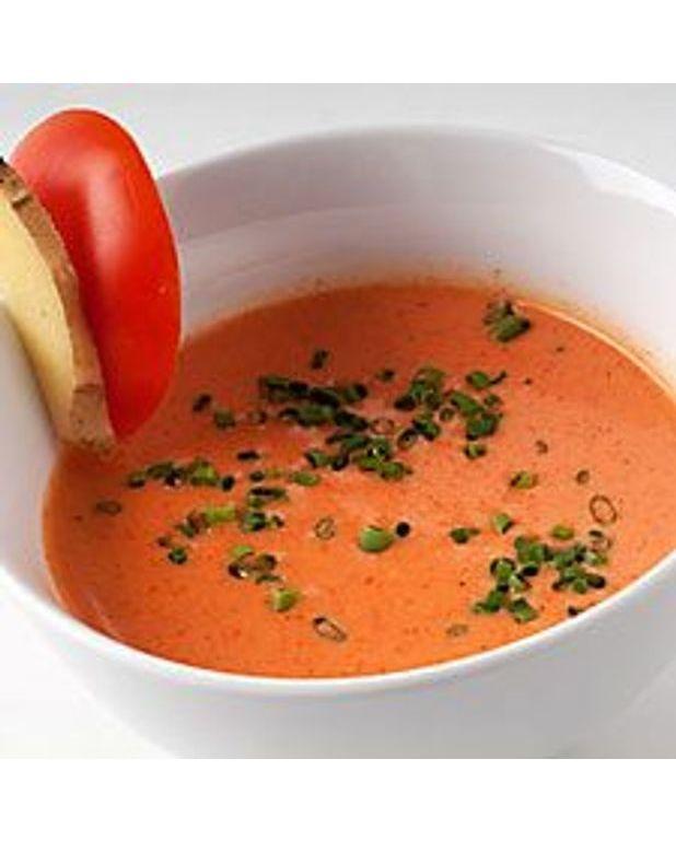 potage de tomate et gingembre pour 6 personnes recettes elle table. Black Bedroom Furniture Sets. Home Design Ideas