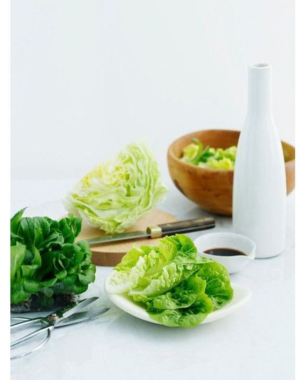 salade la feta noix et marrons pour 4 personnes recettes elle table. Black Bedroom Furniture Sets. Home Design Ideas
