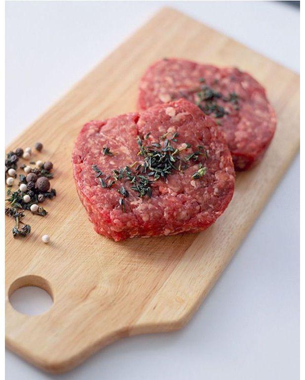 steak hach la cr me pour 4 personnes recettes elle table. Black Bedroom Furniture Sets. Home Design Ideas
