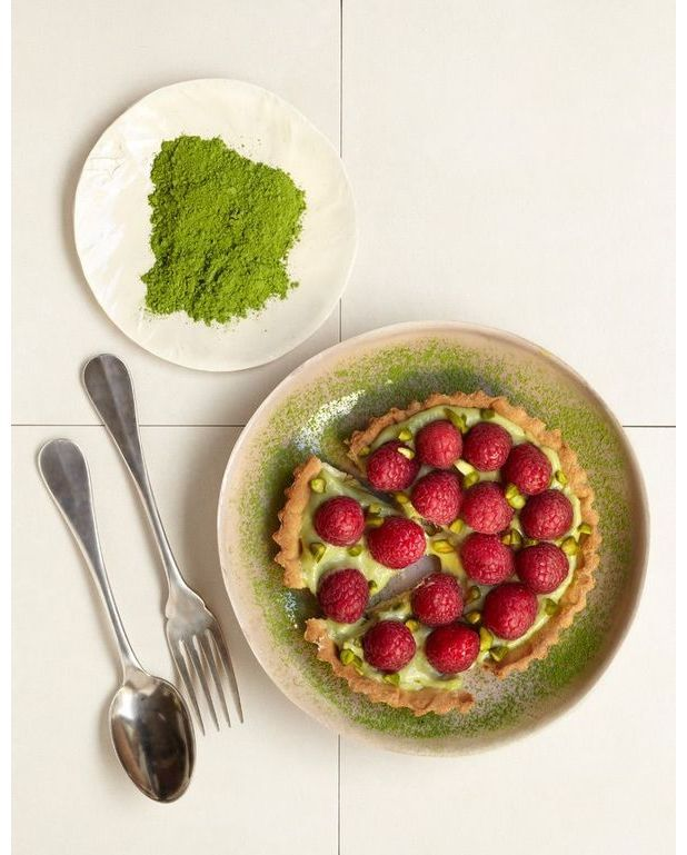 tartes aux framboises au th matcha pour 6 personnes recettes elle table. Black Bedroom Furniture Sets. Home Design Ideas