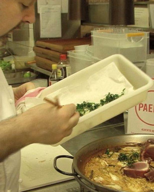 Paella blanche au thon et au jambon ibérique