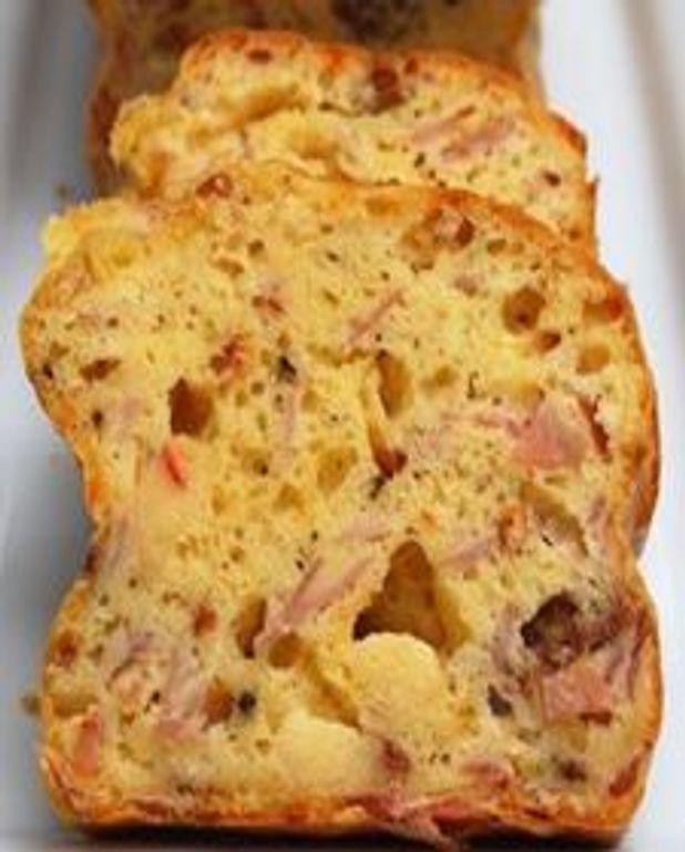 Cake aux gouda, capicollo et tomates séchées