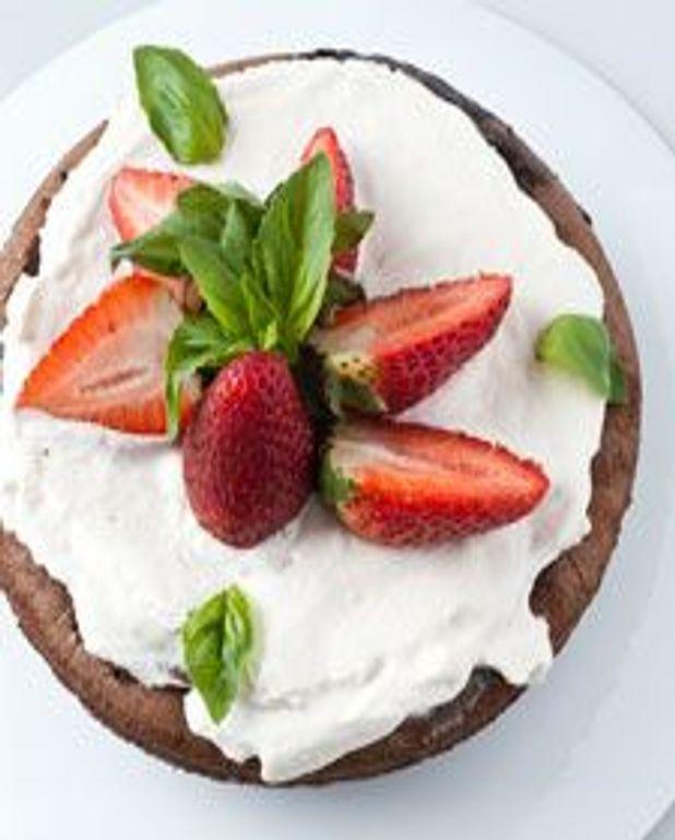 Cake choco-fraise au basilic