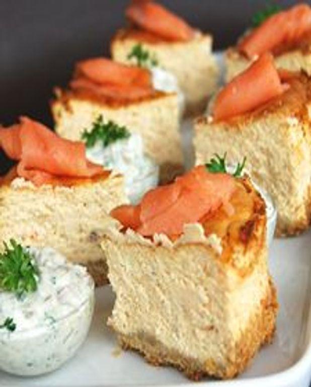 Gâteau au fromage au saumon fumé, sauce tartare