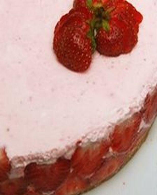 Gâteau au fromage aux fraises exquis