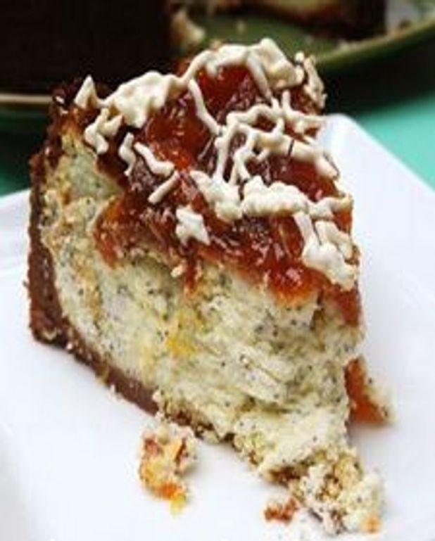 Gâteau aux mascapone, citron, pavot, garniture à l'abricot orangé