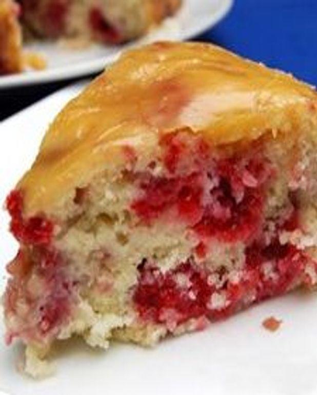 Gâteau jeannois aux framboises, glaçage sucre à la crème