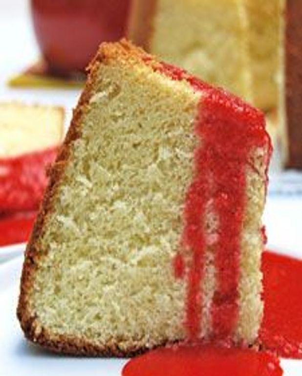 Gâteau mousseline à la lime, coulis de fraises