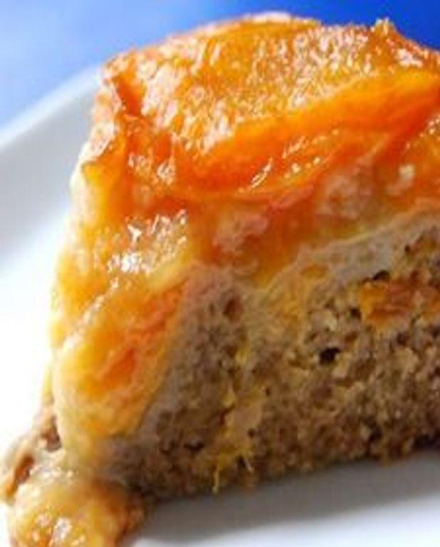 Gâteau renversé façon tatin aux abricots, au thé earl grey à la lavande et au gingembre