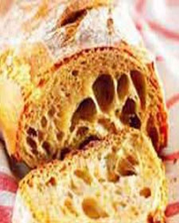 Le pain campagnard au four à bois ou BBQ