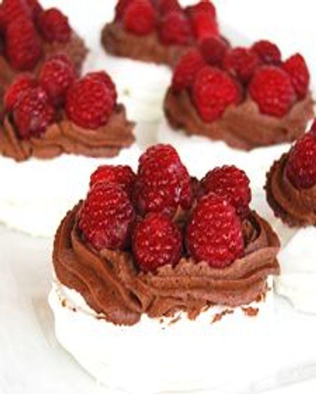 Pavlova, chantilly chocolat et framboises