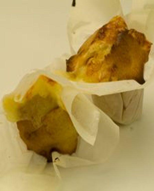 Petits gâteaux à la pomme et au fromage à raclette