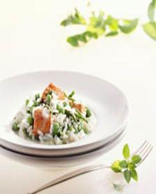 Risotto au saumon et aux asperges