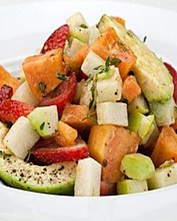 Salade de papaye, avocat et fraise