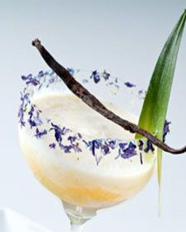 Smoothie à la vanille et aux ananas