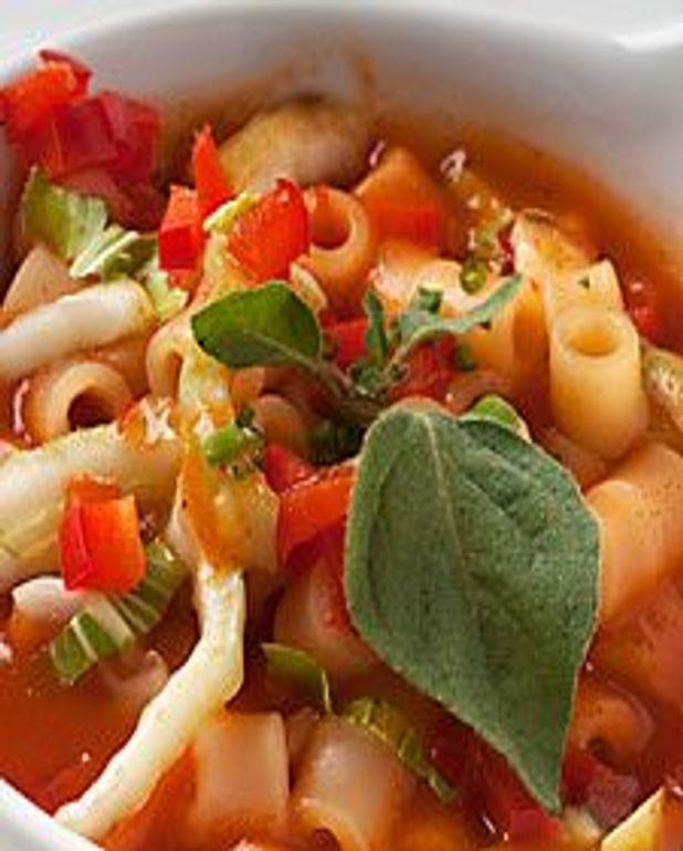 Soupe italienne à la tomate