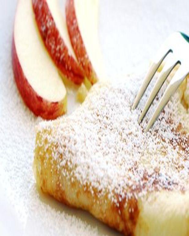 Crêpes aux pommes vanillées et flambées
