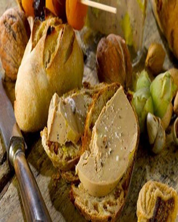 Foie Gras sur pains mendiants aux fruits secs