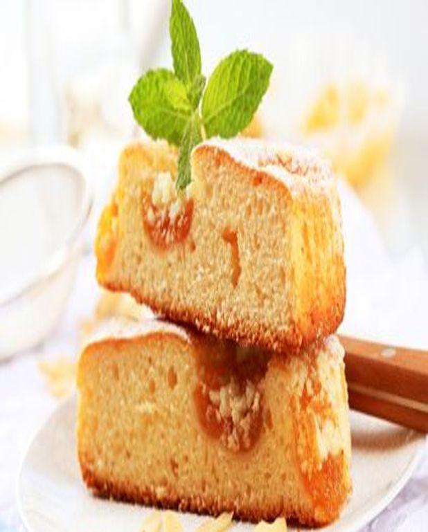 Gâteau au yaourt, aux pommes et aux abricots