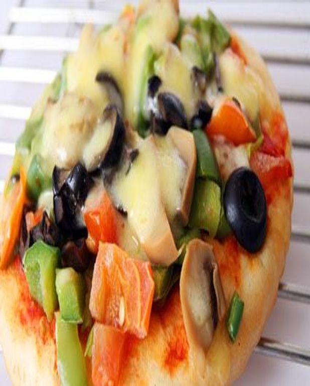 Minis pizzas aux champignons et poivrons