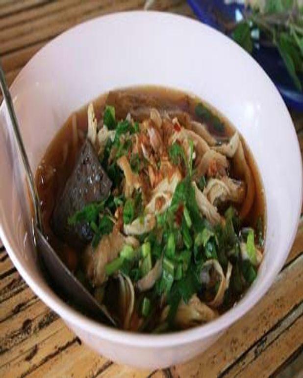 Nouilles de riz au boeuf et aux brocolis