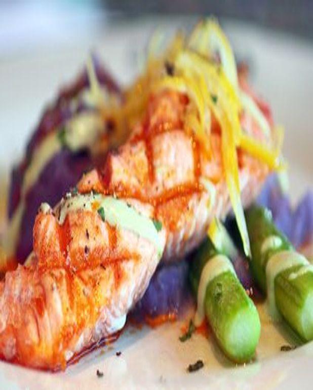 Plancha de saumon aux asperges