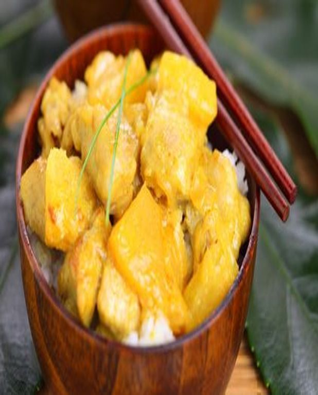 Poulet curry jaune et ananas