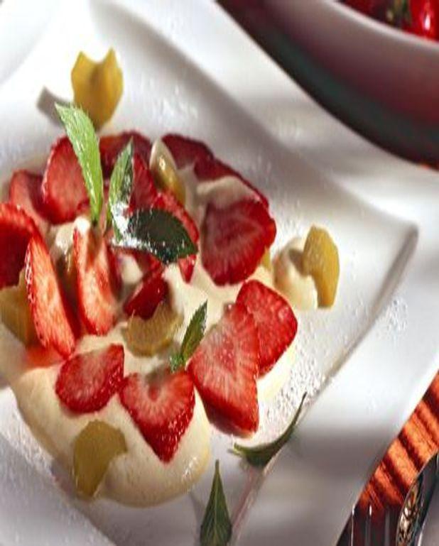 Sabayon de fraise et rhubarbe