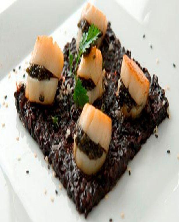 Saint Jacques au caviar et riz noir
