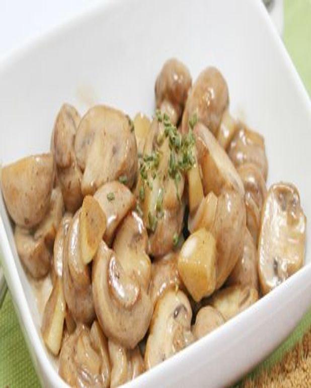 Salade de champignons de Paris à la crème