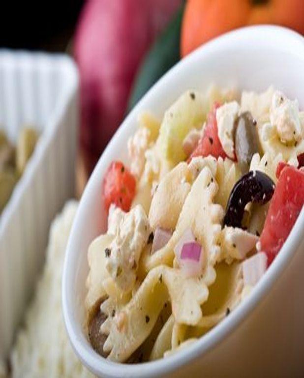 Salade de pâtes à la feta et aux poivrons