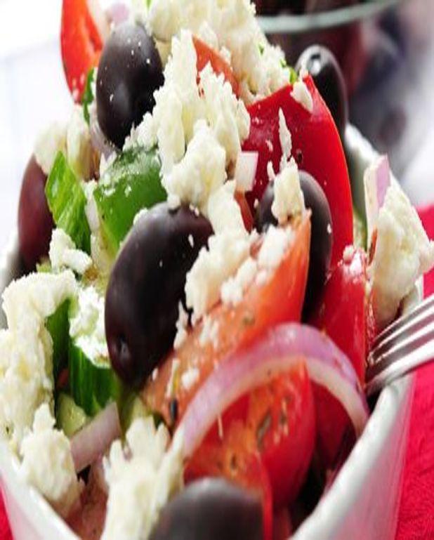 Salade de riz à la feta et à la menthe