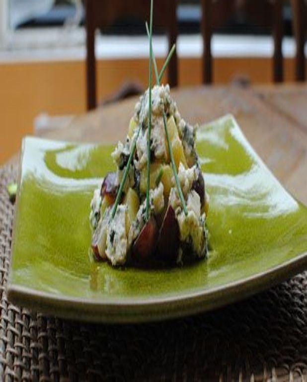 Salade tiède de primeurs du Roussillon aux éclats de roquefort vieux
