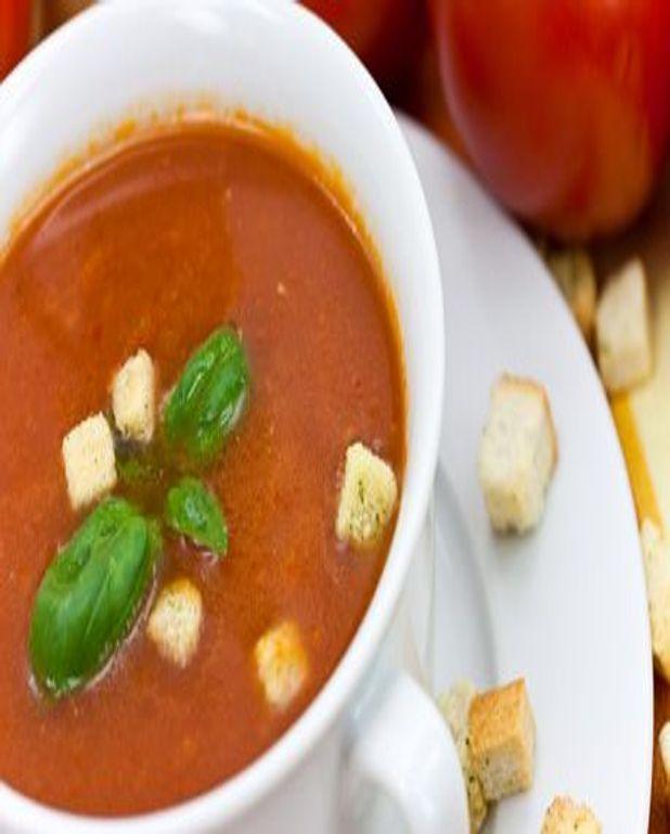 Soupe d'aubergine tomatée à l'ail