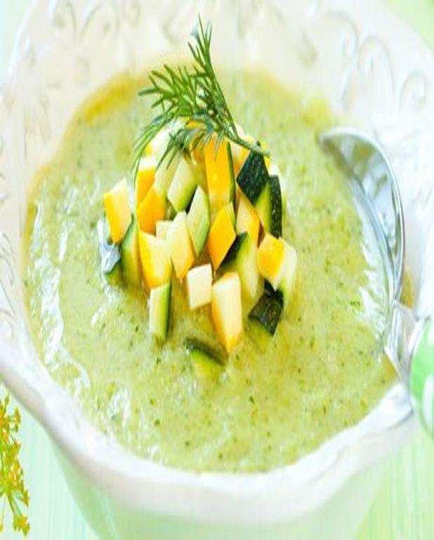 Soupe froide aux courgettes et au curry