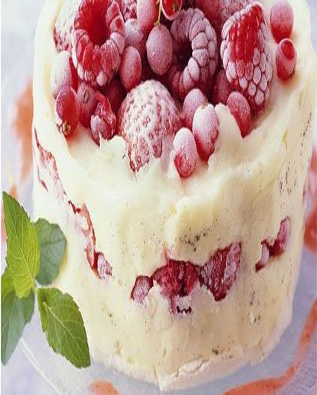 Vacherin glacé aux fruits rouges