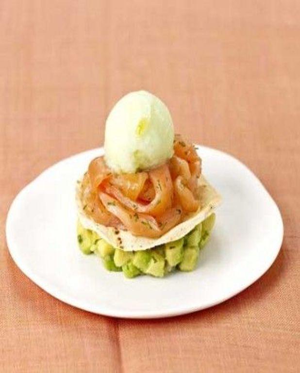 Avocat et saumon, crème glacée safranée