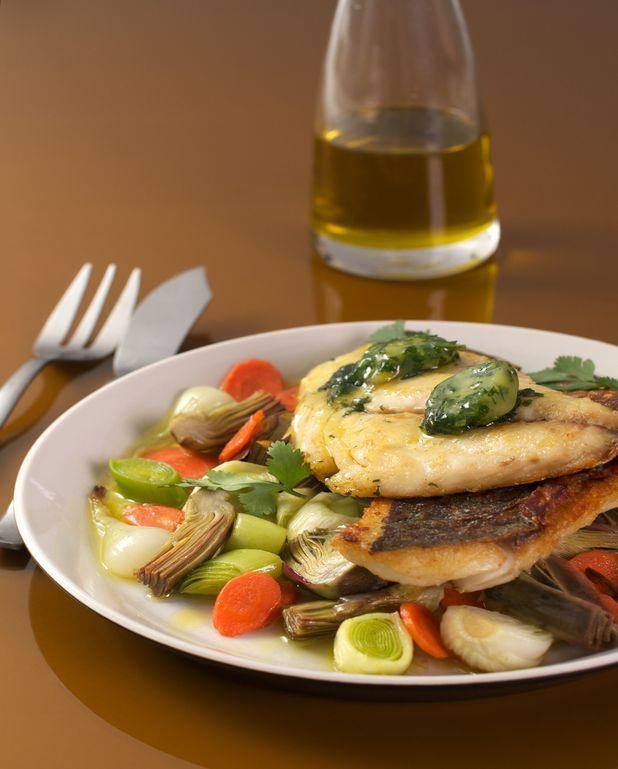 Daurade royale et petits légumes à la coriandre et huile d'olive