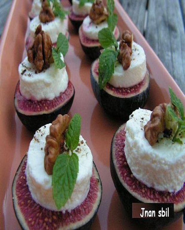 Figues aux noix et fromage frais