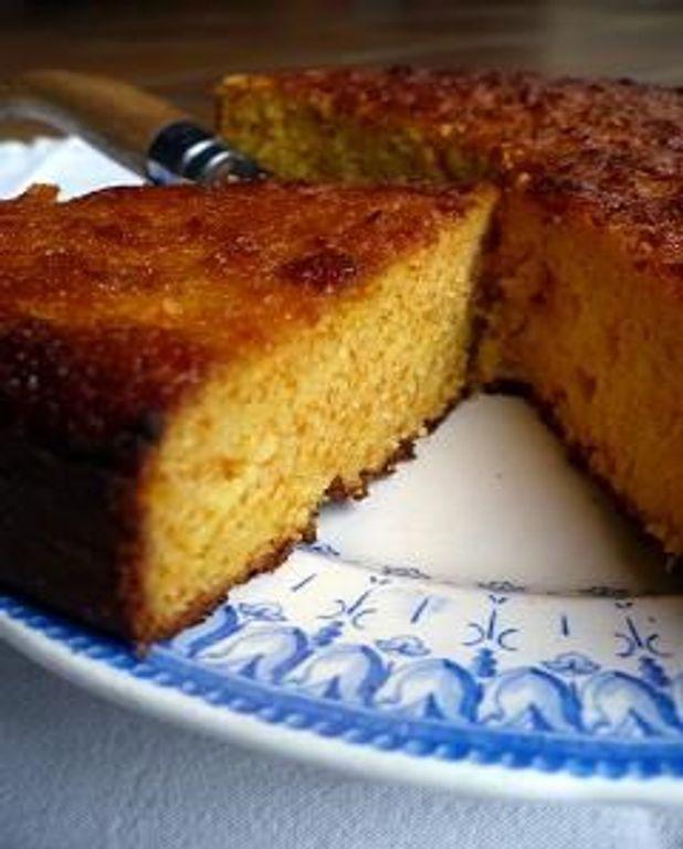 Gâteau carottes-amandes aux parfums d'agrumes