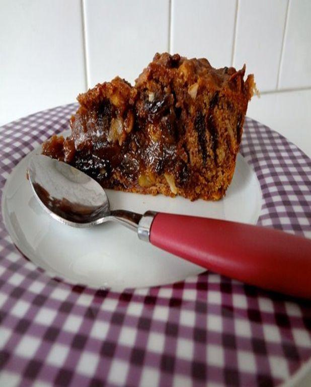 Gâteau aux amandes et aux pruneaux