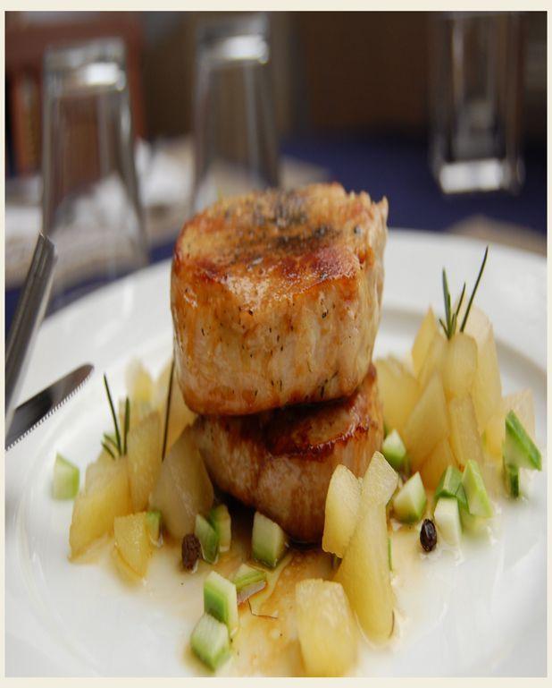 Médaillon de porc au cidre, pomme caramélisée