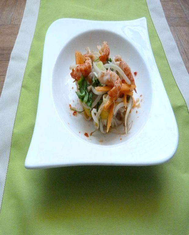 Salade exotique à la mangue et écrevisses