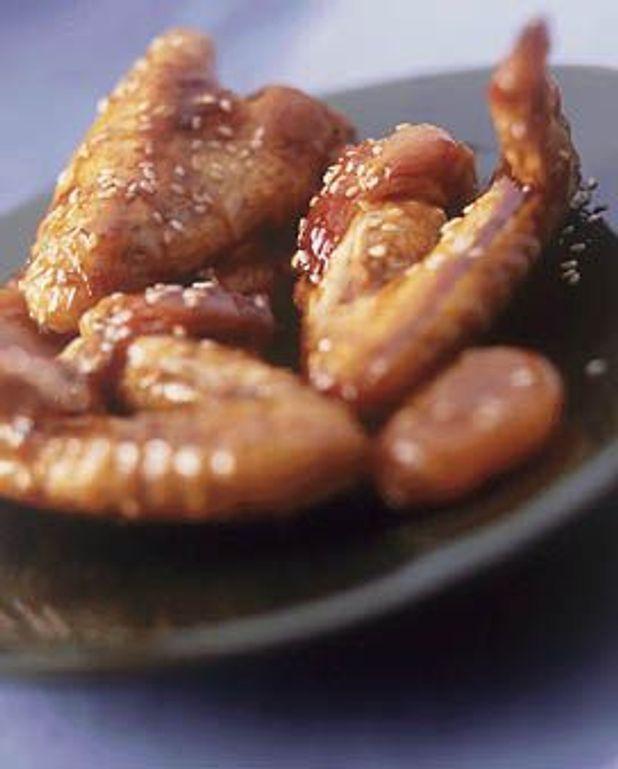 Ailerons de poulet dorés au sésame