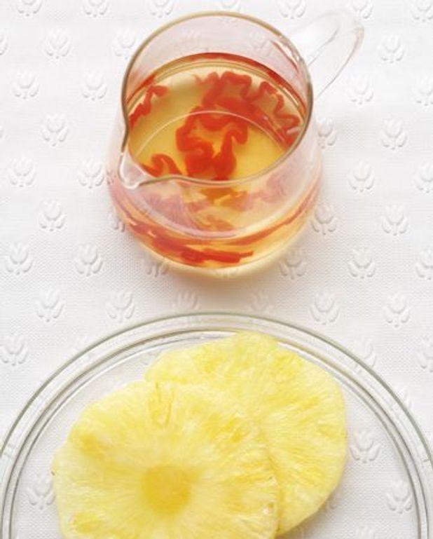 Ananas frais et sirop de piment