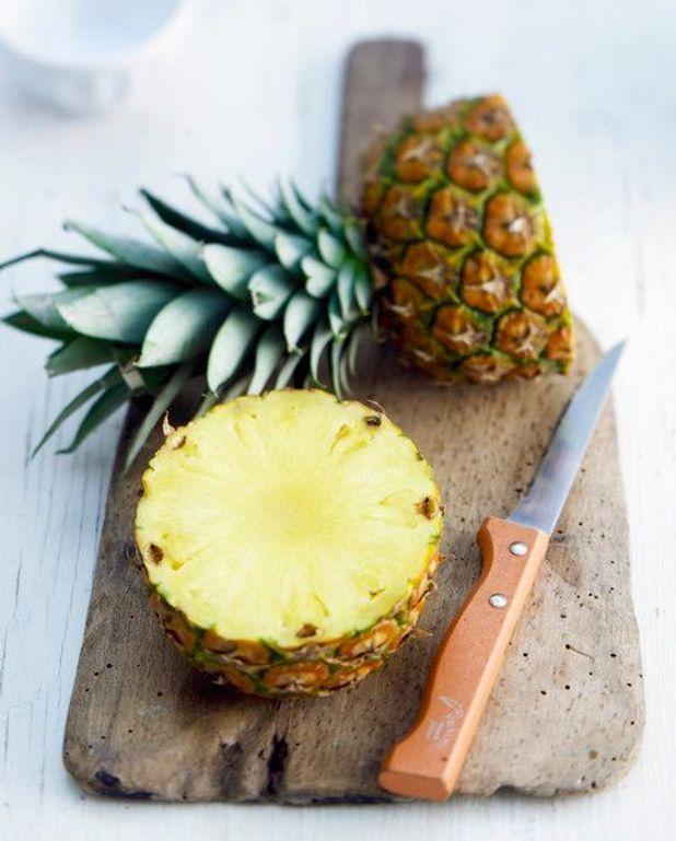 Ananas grillé aux cerises
