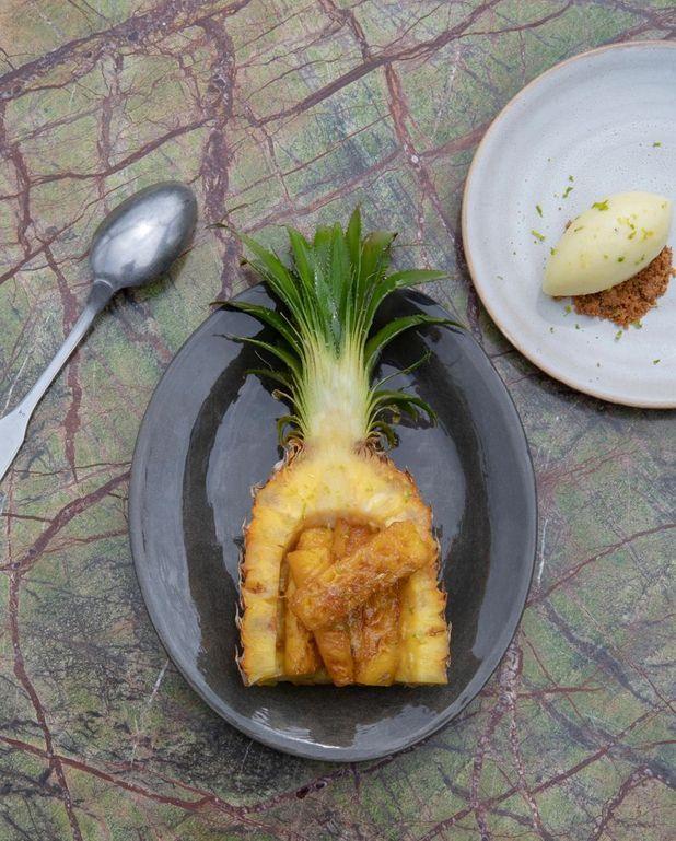 Ananas rôti au citron vert